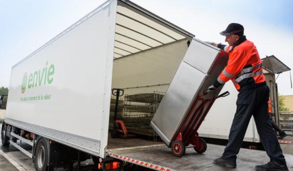 Debarras-logistique-manutention